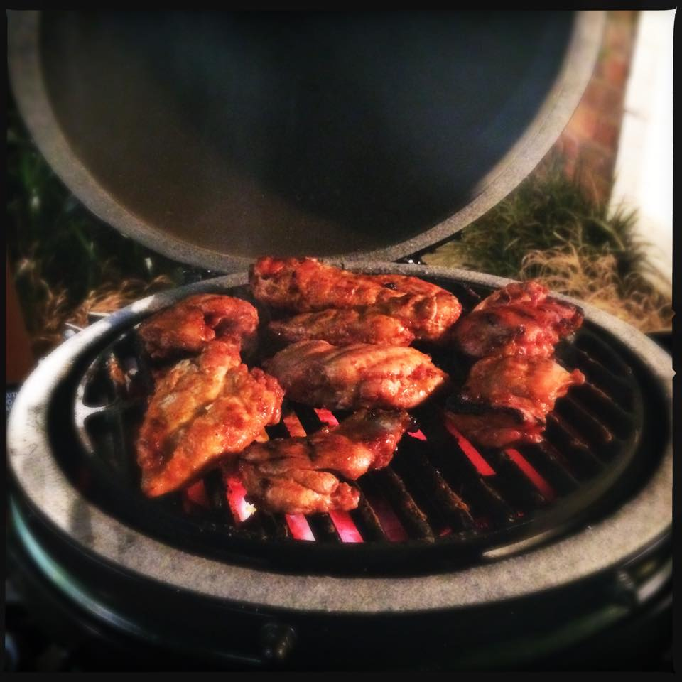 Big Green Egg Tutorial and Review - How to Use the Big ...