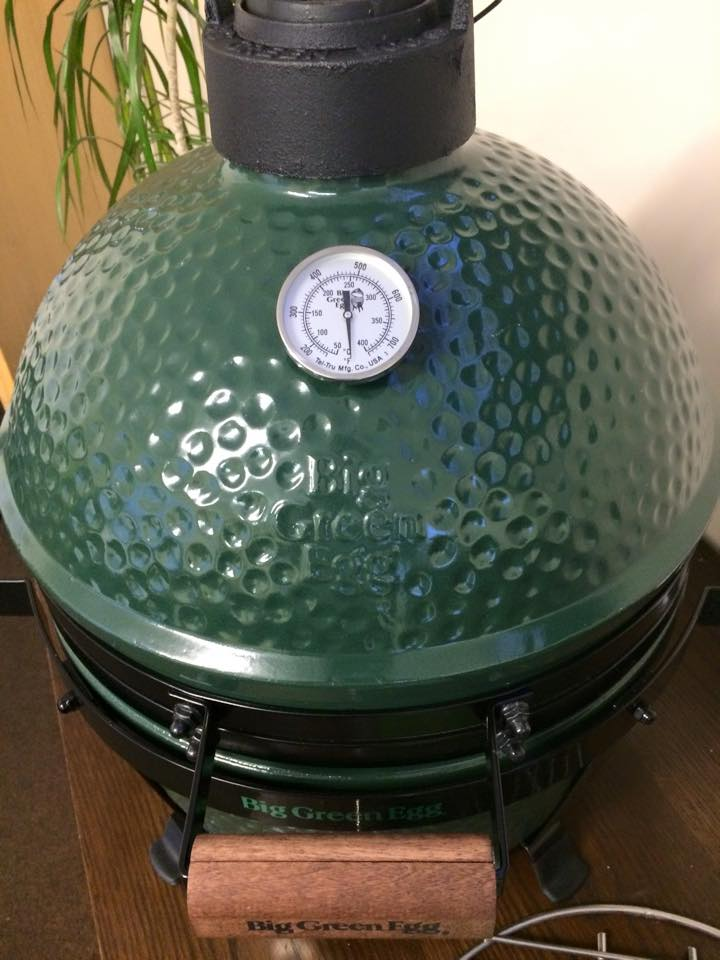 Big Green Egg Large Charcoal Grill Review | BBQ & Grilling